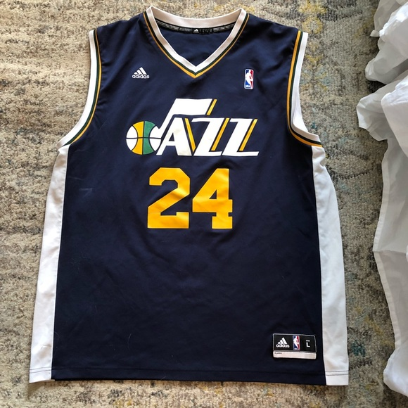newest 86101 44e4b Utah Jazz Jersey